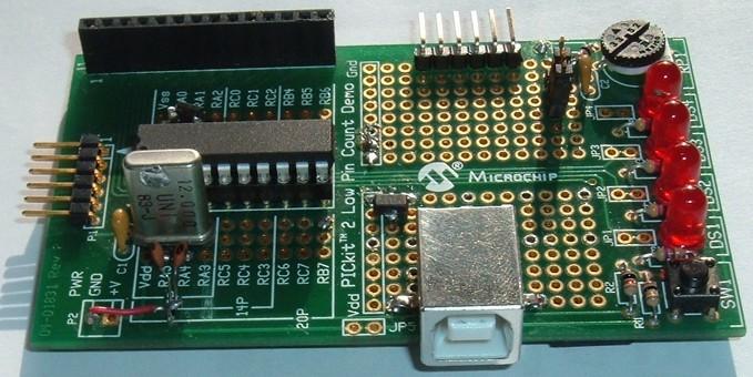 Thumbnail for the post titled: Ismerkedés a PIC18 mikrovezérlőkkel – A PICCOLO projekt
